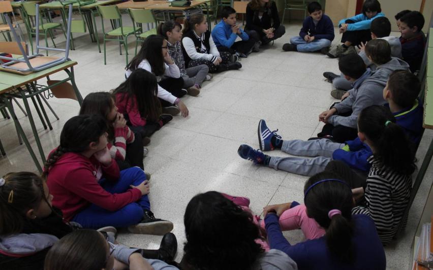 Círculos de diálogo en institutos